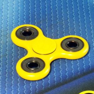Спиннер Clover yellow