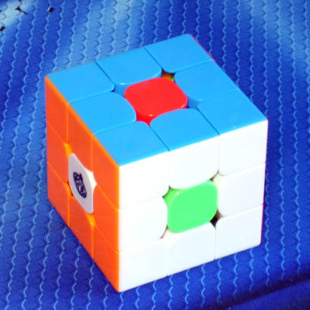 Cong's Design MeiYing 3x3 stickerless bright