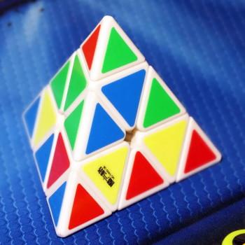 Mo Fang Ge Pyraminx white
