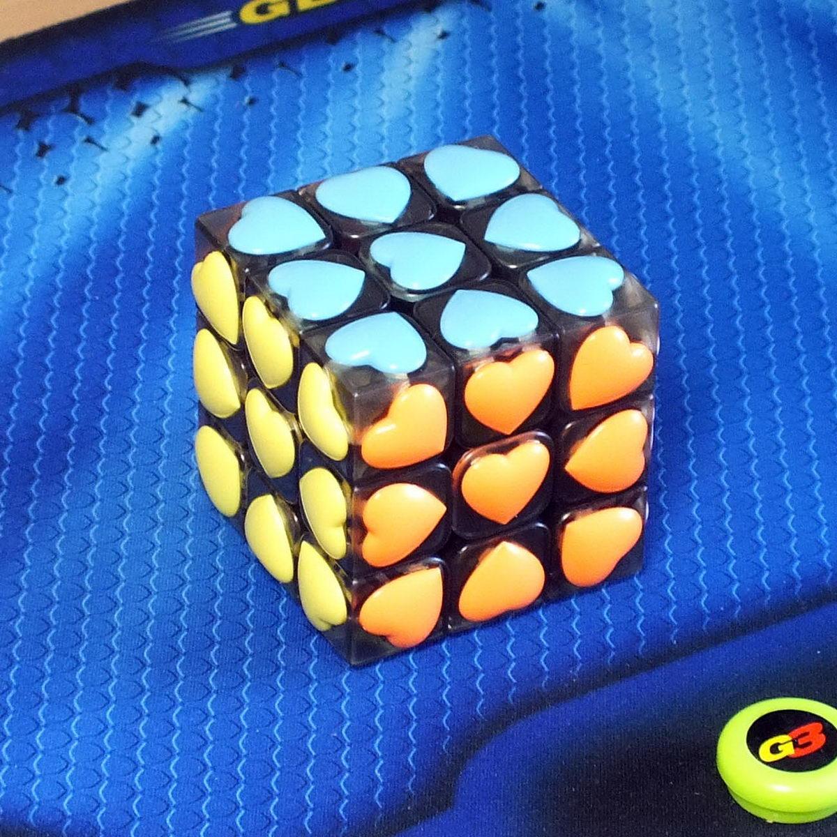 Moyu Love cube 3x3 transparent black