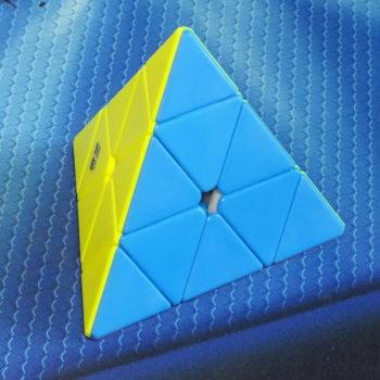 MoFangGe Qiming Pyraminx stickerless