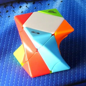 Головоломка MoFangGe Twisty Skewb stickerless
