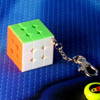 Брелок Moyu MF3 35mm stickerless