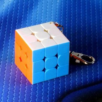 Брелок Moyu MF3 40mm stickerless
