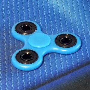 Спиннер флюоресцентный Clover blue