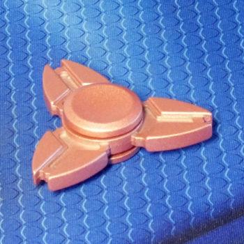 Спиннер металлический Crab pink