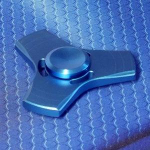 Спиннер металлический Triangle blue