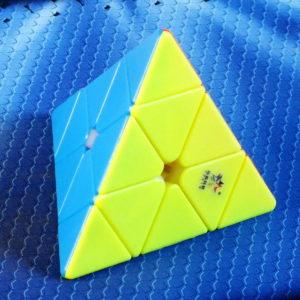 Yuxin Black Qilin Pyraminx stickerless