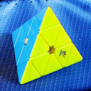 Yuxin HuangLong M Magnetic Pyraminx stickerless