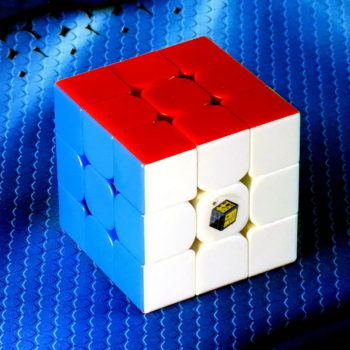 Кубик Рубика Yuxin Little Magic 3x3 stickerless